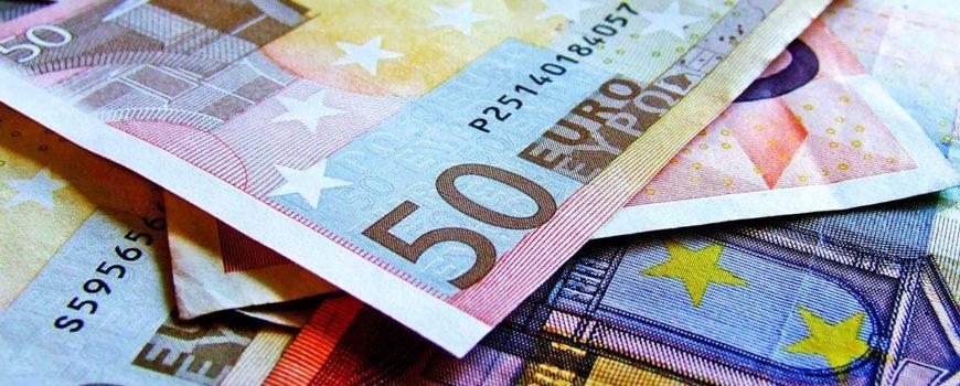 Fonduri-europene-pentru-activitati-neagricole-in-sectorul-rural-Cine-poate-beneficia