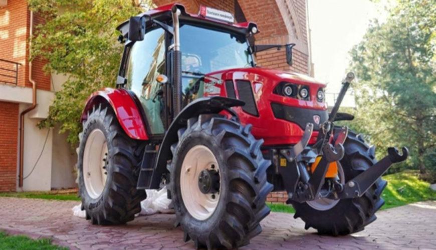 Pretul-si-caracteristicile-primului-tractor-agricol-fabricat-in-Romania